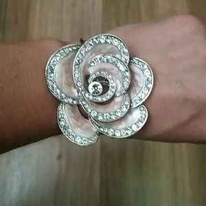 Candie's Jewelry - Candies silver and pink flower bracelet